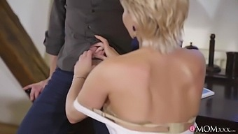 Mommy Xxx - Russian Mom Romanced In Stockings 1 - Su With Subil Arch