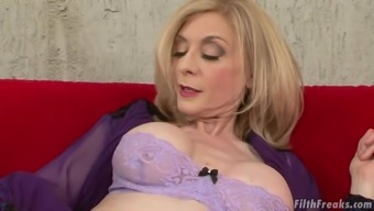 Grow Older Female Nina Hartley Is Fascinated About A Hunk'S Bad Fats Elevate