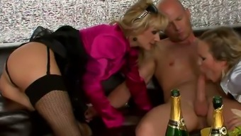 Exciting Drink Orgy Along With One Stud Poker Stud And Team Of Tipsy Women