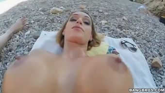Hot Beach Dame Fucked Profound And Hard And Jizzed On