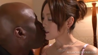 Japanese People Hussy Gets Her Pussy Fingered And Torn Up Using A Dark Colored Bf