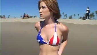 A Quick Haired Girl Utilizing A Gorgeous Body Used Throughout The Beach To Produce A Quietly Taped Fuck Workout