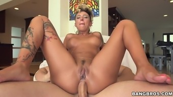 Anus Fuck Machinery Stunning Bella Bellz Driving Which Typically Schlong With The Butt