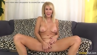 Age Brown Erica Lauren Shows Off Her Pussy And Fucks