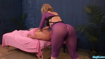 Bootylicious Nympho Nina Hartley Takes A Chance To Work On Client'S Dick