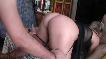 Lisa Sharing Two Lovers In Paris - Cuckold